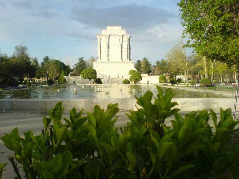 آرامگاه فردوسی توس,آرامگاه فردوسی مشهد,تصاویر آرامگاه فردوسی