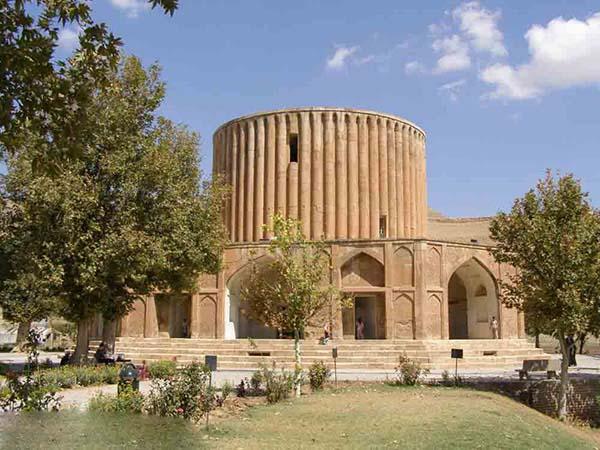 عمارت خورشید کلات نادری,کاخ خورشید کلات,کلات مشهد