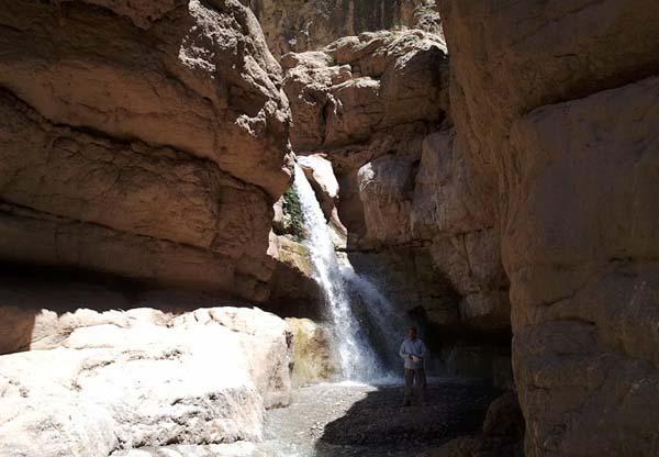 آبشار آبغد,آبشار آبقد مشهد,آبغد چناران