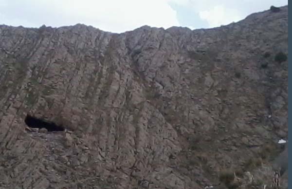 بزنگان دریاچه,روستای بزنگان,غار بزنگان سرخس