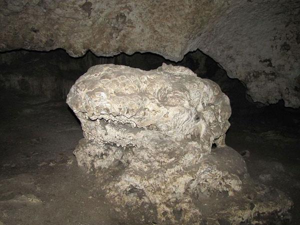 غار بزنگان مشهد,غار کرکس بزنگان,مختصات غار بزنگان