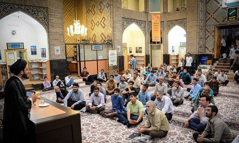 مدرسه ی پریزاد,معماری مدرسه پریزاد,مکانهای دیدنی مشهد