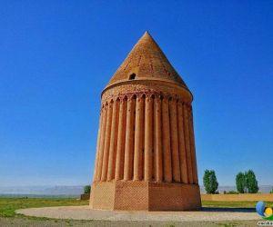 برج رادکان,برج رادکان خراسان,برج رادکان کردکوی
