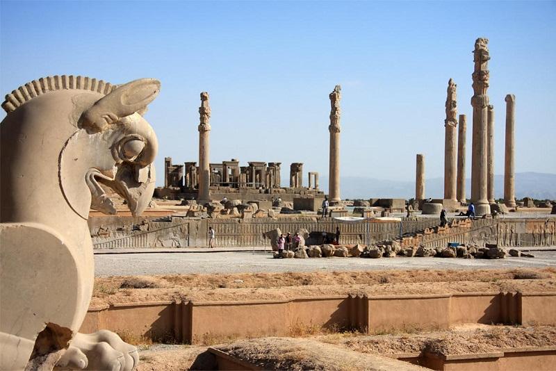 عکس تخت جمشید در زمان هخامنشیان,قدمت تخت جمشید,کاخ آپادانا تخت جمشید