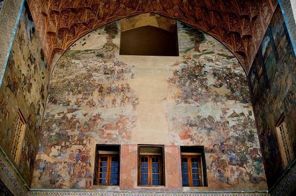 [تصویر:  bazar-gheysariye-esfahan.jpg]