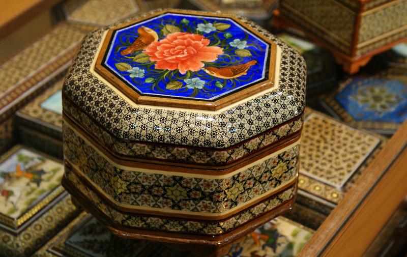 صنایع دستی اصفهان با عکس,صنایع دستی اصفهان چیست؟,صنایع دستی اصفهان خاتم کاری