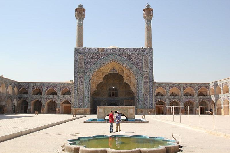 جاذبه های گردشگری اصفهان,جاذبه های مذهبی اصفهان,چهلستون اصفهان