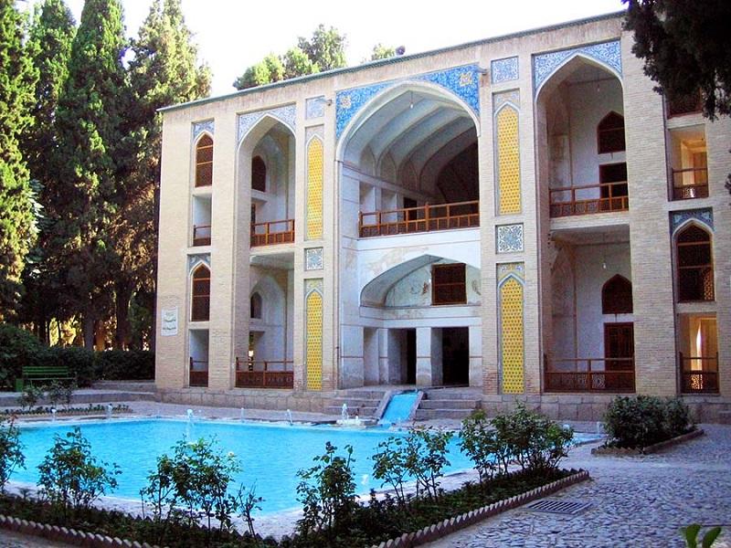 کوشک صفوی کاشان,معماری باغ فین کاشان