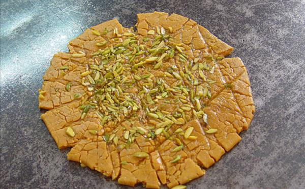 سوغاتی های استان تهران,سوغاتی های خوراکی تهران,سوهان شهر ری