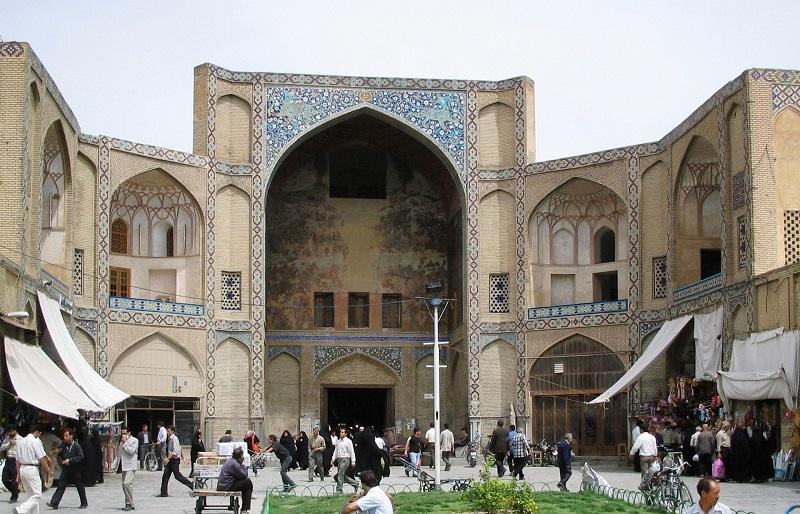 دروازه اشرف,دروازه اشرف اصفهان,سرای منجم اصفهان