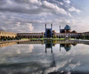 تاریخچه مسجد امام اصفهان,جاذبه های تاریخی استان اصفهان,جاذبه های تاریخی اصفهان