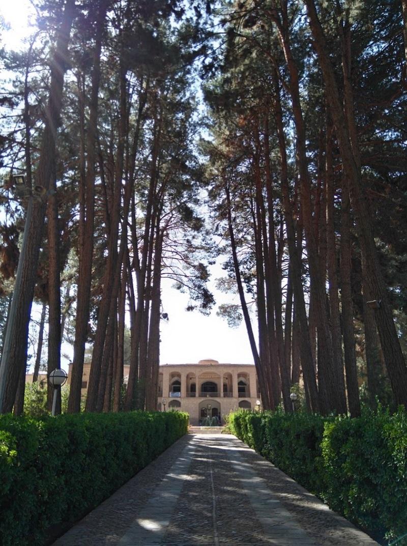 ادرس باغ اکبریه بیرجند,باغ اکبریه,باغ اکبریه بیرجند