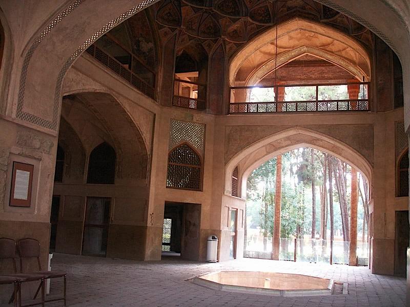 آدرس کاخ هشت بهشت اصفهان,عکس از کاخ هشت بهشت اصفهان,عکس کاخ هشت بهشت اصفهان