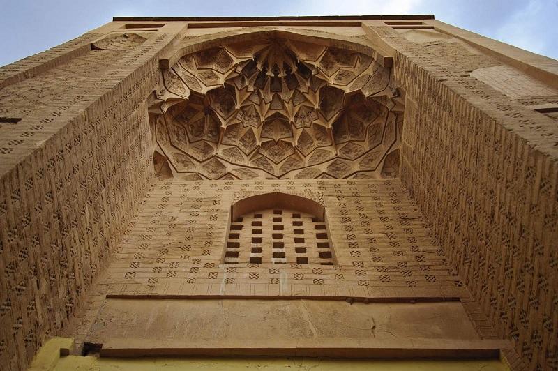 آثار تاریخی,بناهای تاریخی,عکس از مسجد جامع نائین