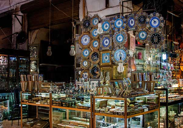 بازار قیصریه,تاریخچه بازار قیصریه اصفهان,سردر بازار قیصریه اصفهان