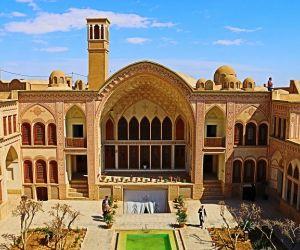 آدرس خانه عامری ها در کاشان,تاریخچه خانه عامری ها در کاشان,خانه تاریخی عامری ها در کاشان