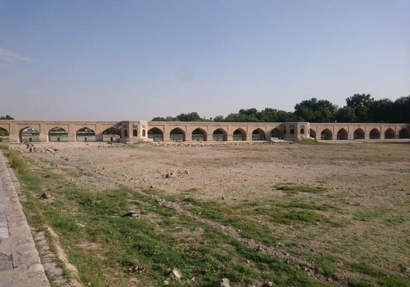 پل چوبي اصفهان,پل چوبی اصفهان,پل چوبی اصفهان کجاست