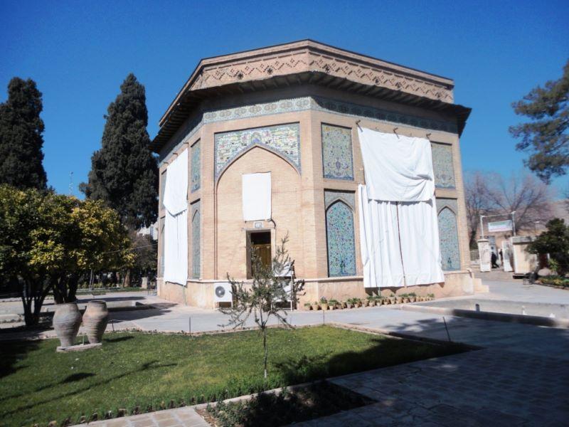 عمارت کلاه فرنگی شیراز کجاست,کلاه فرنگی,کلاه فرنگی شیراز