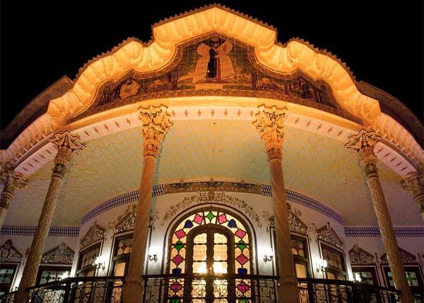 رستوران عمارت شاپوری شیراز,عکس عمارت شاپوری شیراز,عمارت شاپوری