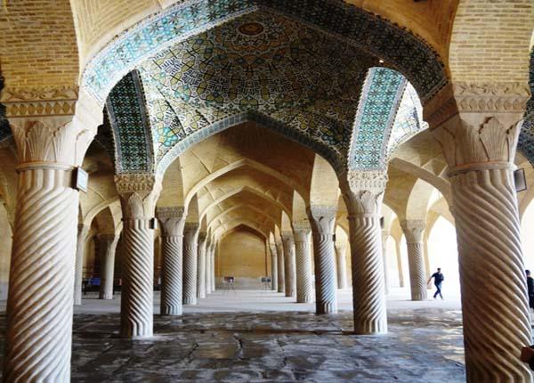 vakil-mosque3