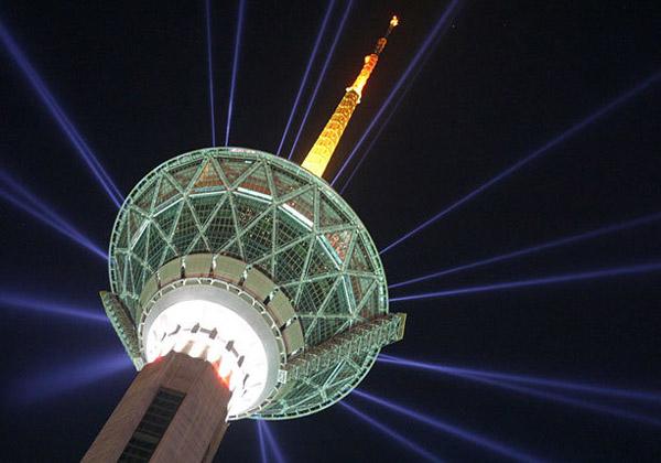 برج میلاد,برج میلاد تهران ایران,برج میلاد تهران بازدید
