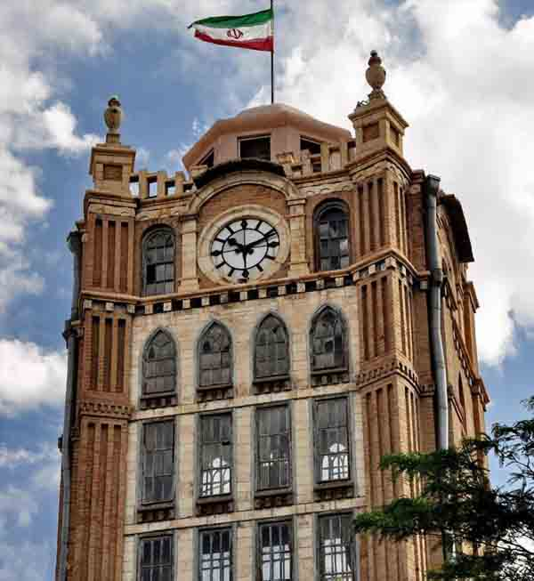 برج ساعت,تاریخچه میدان ساعت تبریز,ساختمان میدان ساعت تبریز
