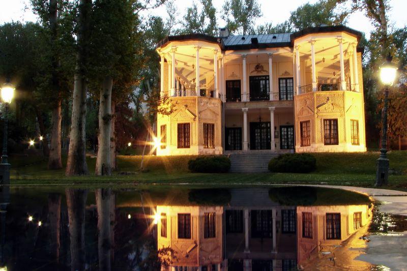 عمارت کاخ موزه نیاوران تهران,فرهنگسرای نیاوران,کاخ نیاوران