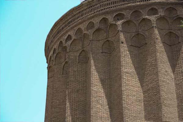 معماری برج طغرل