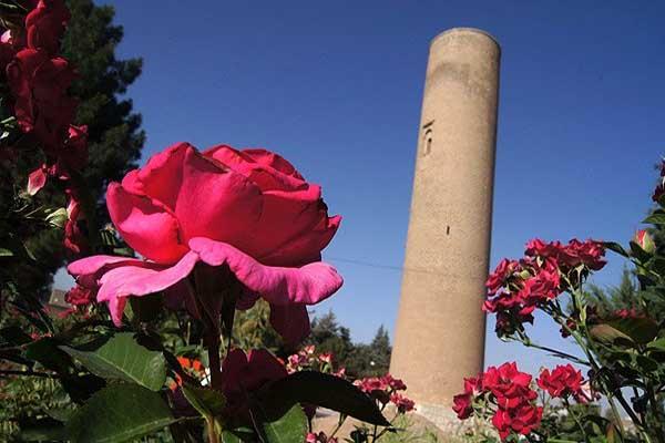 آدرس مناره آجری خرم آباد,بنای تاریخی خرم آباد,تاریخچه مناره آجری خرم آباد