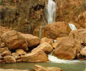 آب آبشارنوژیان استان لرستان,آبشار خرم آباد,آبشار نوژیان