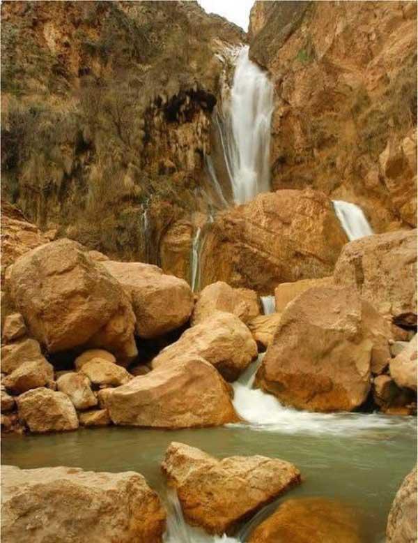 آبشارهای ایران,آدرس آبشار نوژیان خرم آباد,جاهای دیدنی خرم آباد