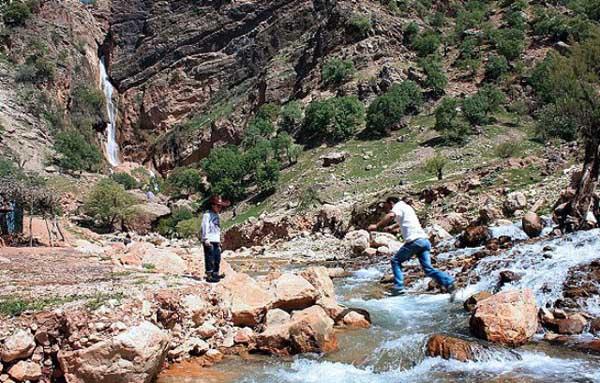 آبشار خرم آباد,آبشار نوژیان,آبشارهای استان لرستان
