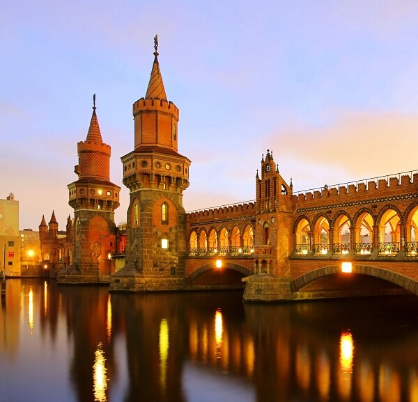 Berlin-Oberbaum-bridge