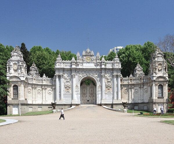 Dolmabahçe_Palace