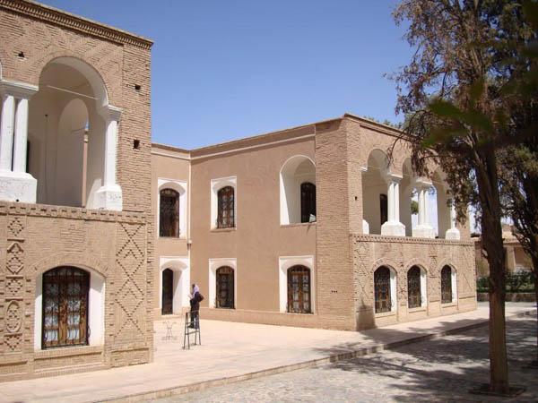 باغ هرندی,باغ هرندی کرمان,موزه هرندی