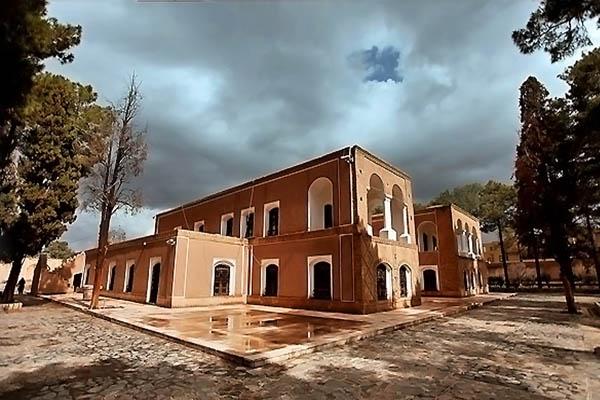 آثار ملی ایران,آدرس باغ هرندی کرمان,باغ موزه هرندی