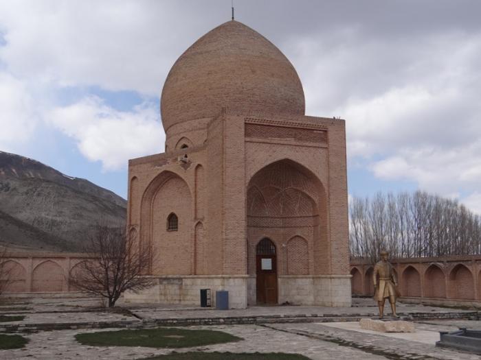 جاذبه های چالدران,جنگ چالدران,چالدران اصفهان