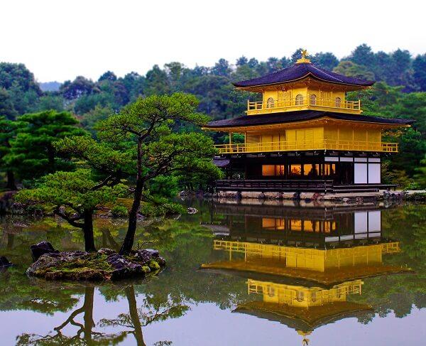 Kinkaku hi Temple