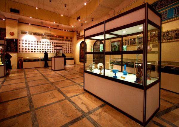 astanehye-moqaddaseh-museum1