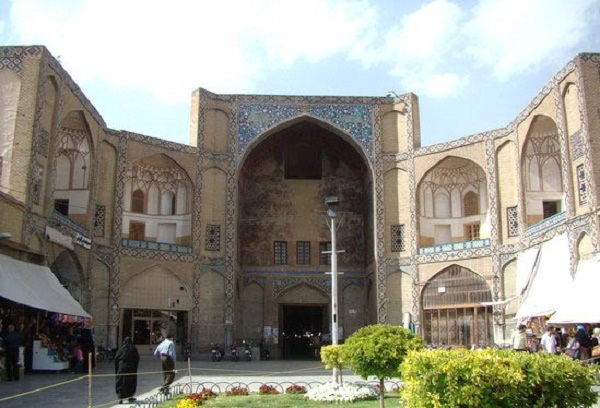 آدرس بازار سنتی اصفهان,بازار بزرگ سنتی اصفهان,بازار تاریخی سنتی اصفهان