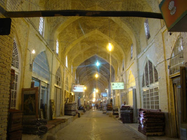 بازار هنر در اصفهان,تاریخچه بازار هنر اصفهان,سایت بازار هنر اصفهان