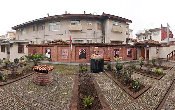 خانه میرزا کوچک خان جنگلی,خانه میرزا کوچک خان رشت,مشاهیر ایران