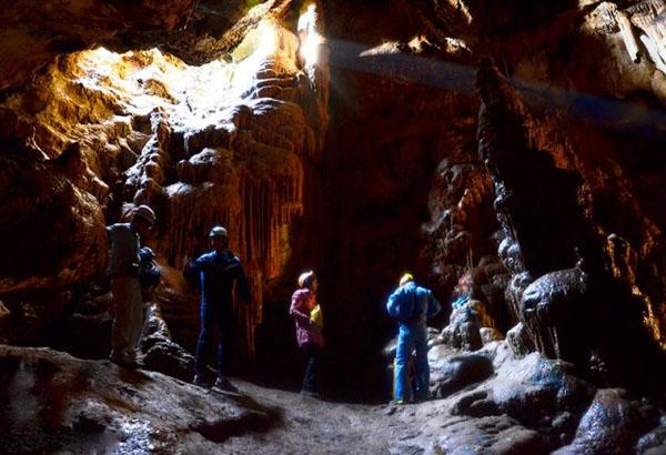 غار استان قم,غار تاریخی قم,غار کهک
