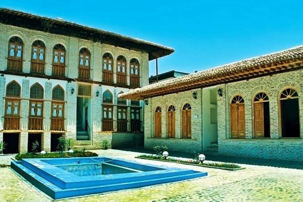 latifi-house1
