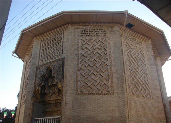امامزاده نور در گرگان,تاریخ امامزاده نور گرگان,تاریخچه امامزاده نور گرگان