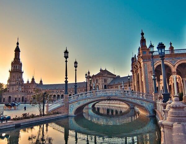 جاذبه های گردشگری سویا اسپانیا,دانشگاه سویا اسپانیا,سویا اسپانیا