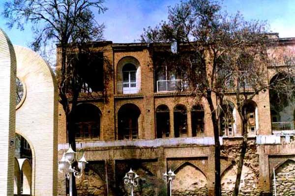 vakil-building1