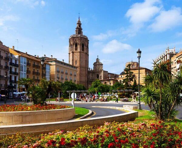جاذبه های والنسیا,جاهای دیدنی شهر والنسیا,دانشگاه والنسیا اسپانیا