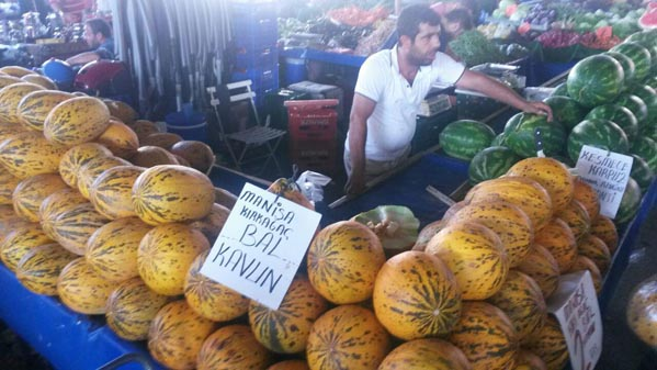 بازار محلی آنتالیا ترکیه (5)