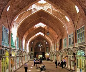 آدرس بازار قدیم تبریز,بازار سنتی تبریز,بزرگترین بازار سرپوشیده تبریز